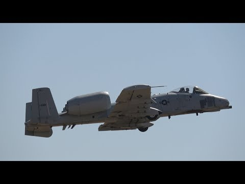 A-10 Thunderbolt II & P-38 Heritage Flight .. California Capital Airshow 2017 (4K)