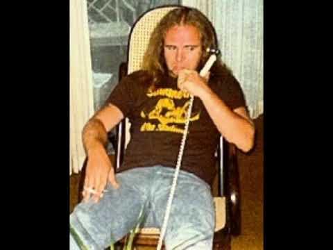 Lynyrd Skynyrd- Ronnie Van Zant/ 92 7 FM Radio Interview