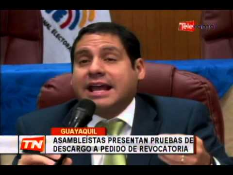 Asambleístas presentan pruebas de descargo a pedido de revocatoria