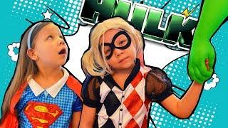 ХАРЛИ КВИНН и СУПЕРГЕРЛ разозлили ХАЛКА 💪! DC Super Hero Girls Школа Супердевчонок. МАРВЕЛ vs. DC