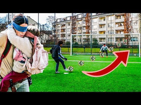 ULTIMATIVE BLINDE FUSSBALL CHALLENGE II BIRDBOX CHALLENGE