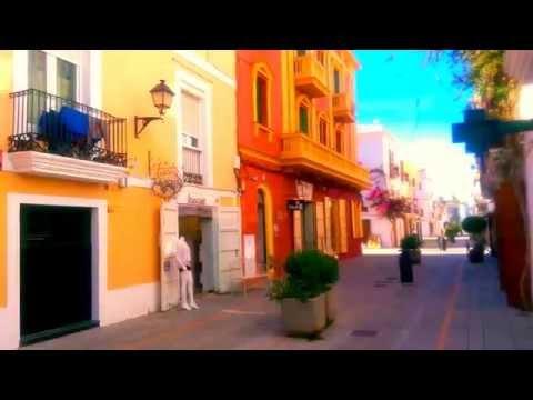 Parte Vieja de Ibiza. Old town of Ibiza. 伊维萨老城.