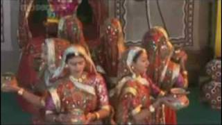 Download Hindi Video Songs - MA E GARBO KORAVYO GAGAN GONKH MA A GUJRATI GARBO SUNG BY BHAIRAVI DIXIT TRIVEDI