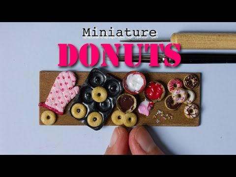 Miniature Donuts, Donut Pan and Oven Mitten // Polymer Clay Miniature Food