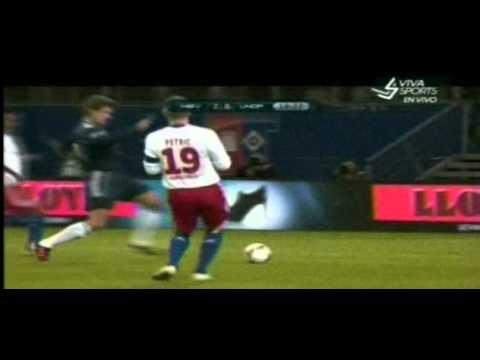 Hamburger All Stars vs Ronaldo-Zidane XI 2-4 Amazing Goal Ze Roberto (13/12/2011)