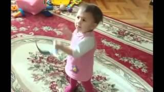 Прикол Дети Танцуют Маленькие Няшечки(ЗАРАБОТОК НА YouTube! Курс ,,ПРОГРЕССИВНЫЙ СТАРТ В ЮТУБЕ