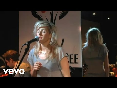 Ellie Goulding - Lights (Live At The Cherrytree House)