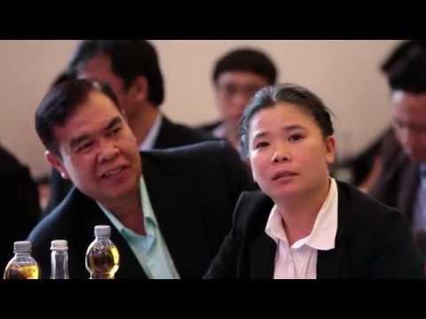 Glücklicher Besuch des Crown Property Bureau aus Thailand