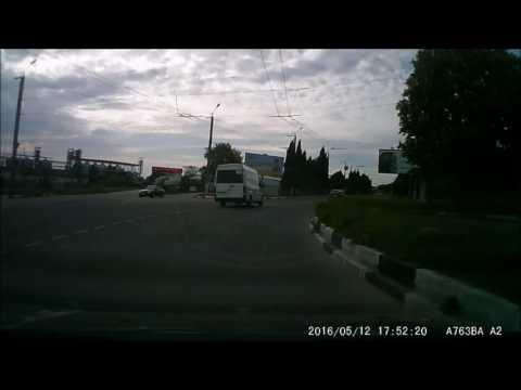 Очередной потенциальный убийца на дорогах Севастополяиз YouTube · С высокой четкостью · Длительность: 2 мин7 с  · Просмотры: более 2000 · отправлено: 16/05/2016 · кем отправлено: Дорожный контроль- Севастополь