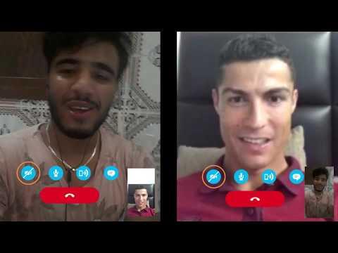اتصلت على  كريستيانو رونالدو وقلتله : ميسي أفضل لاعب في العالم وهو سيحصل على الكرة الذهبية  !