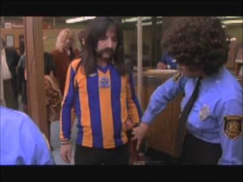 This is Spinal Tap - Control en el aeropuerto / Airport control