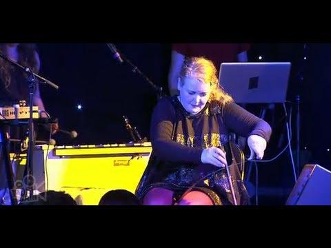 Amiina - Tvistur (Live at Sydney Festival)   Moshcam