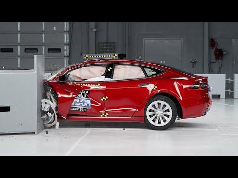 2016 Tesla Model S Small Overlap IIHS Crash Test