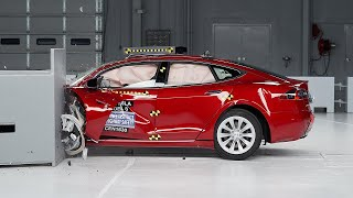2016 Tesla Model S driver-side small overlap IIHS crash test