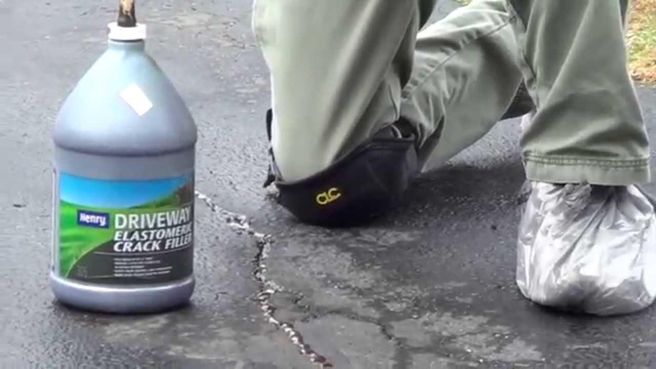 Asphalt Driveway Crack Filler : Asphalt crack repair steps to fill driveway cracks youtube
