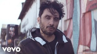 Скачать Fabrizio Moro Ho Bisogno Di Credere Official Video