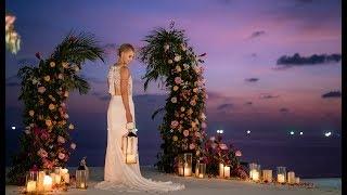 Phuket Wedding Planner - WEDDING BOUTIQUE - Luxury Villa Wedding in LIVING CORAL in Phuket