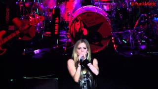 Avril Lavigne - Sk8er Boi - Live São Paulo Brasil 28-07-2011 HD by @PunkMatic
