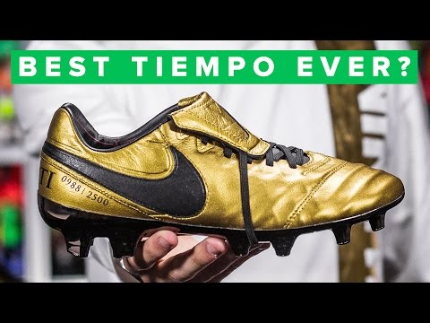 8718bf8ace98 GOLD TOTTI BOOTS - YouTube