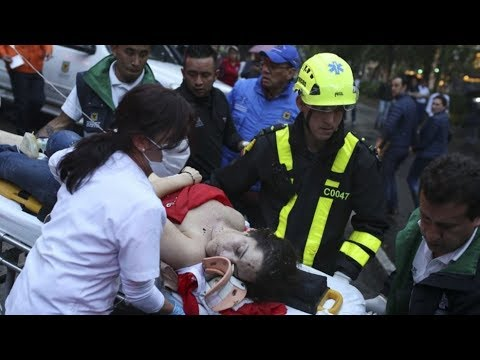 Three killed in blast at Colombia shopping centre