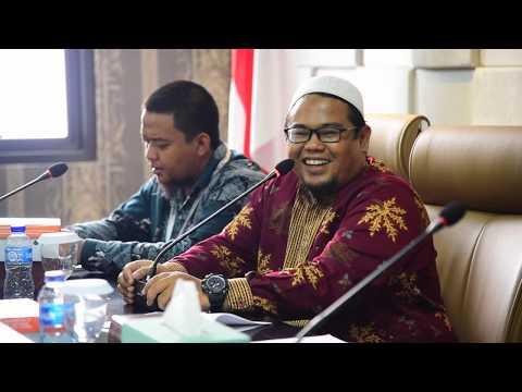 MAHASISWA STIS HUSNUL KHOTIMAH PELAJARI PROSES PEMBENTUKAN PERATURAN DAERAH DI DPRD PROVINSI JAWA BARAT