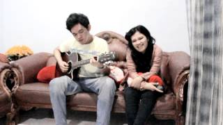 Video Viera - Takut [Acoustic Cover] download MP3, 3GP, MP4, WEBM, AVI, FLV November 2017