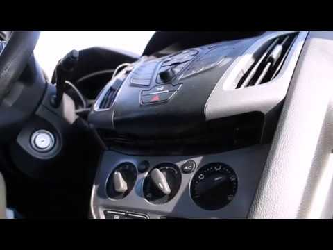Как снять магнитолу на форд фокус 3  Вытащить диск из  дисковода и починить шлейф на Ford Focus 3