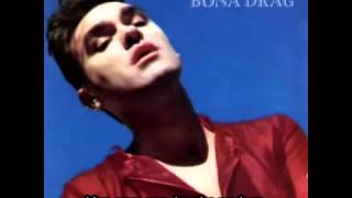 Morrissey. Every day is like sunday [Subtitulado]