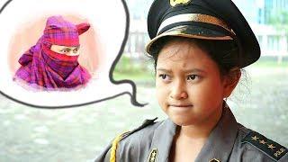 PAPA NGESELIN BANGET!!! Huff 😣 Drama Jessica Jadi Polisi Menangkap Penjahat