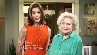 Betty White and Wendie Malick stand with Howard Berman!