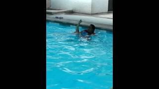 Amo's swimming lesson @ chito rivera(3)