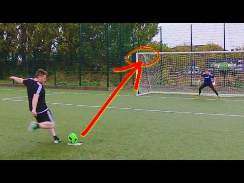 Thumbnail: RETRO FOOTBALL BOOT CHALLENGE