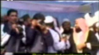 NAZM with GREAT voice of Umar shareef-persented by khalid Qadiani.mp4