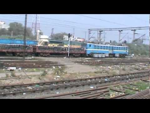 Departing from Mughal Sarai Junction, largest yard in India (pt. 1/2): ASR- SDAH Express