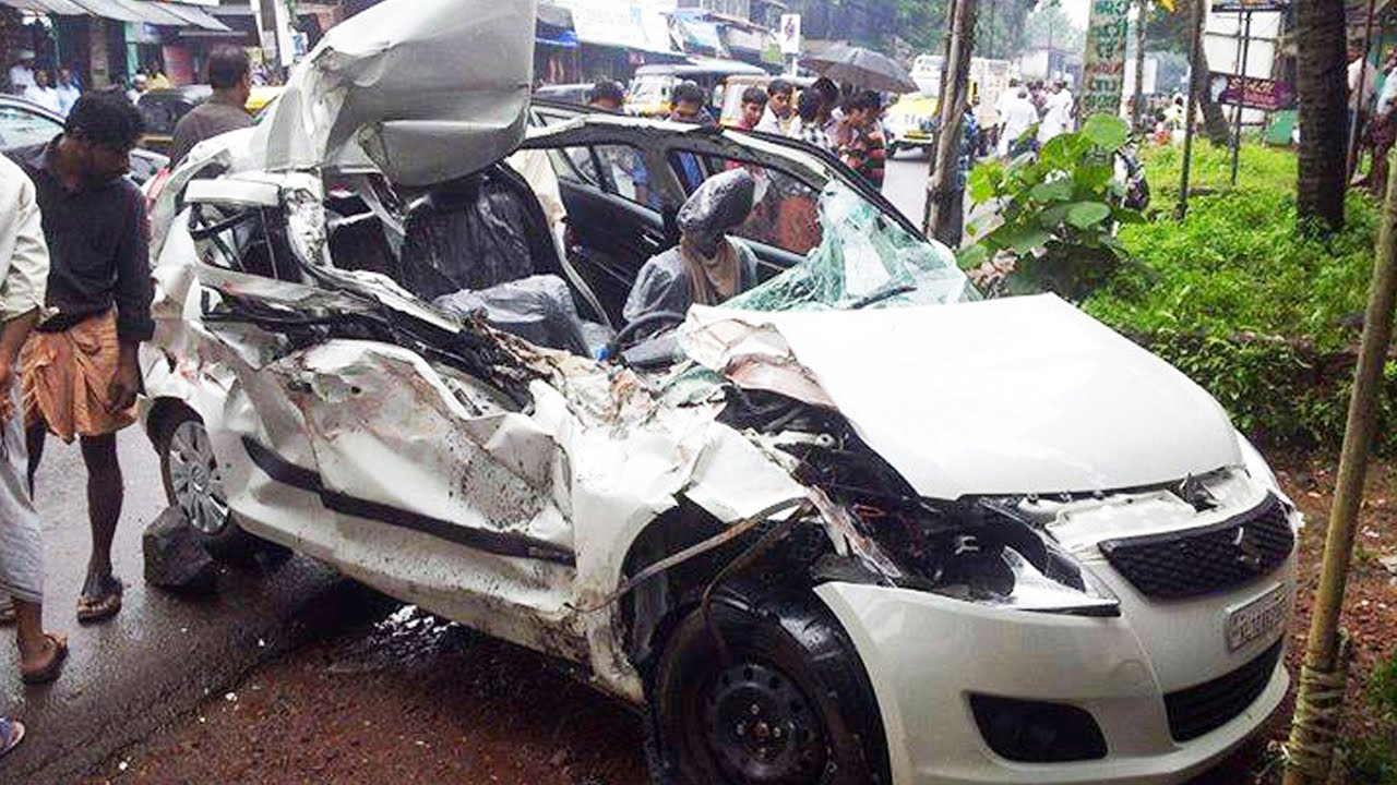 latest car accident of maruti suzuki swift in india - road - crash
