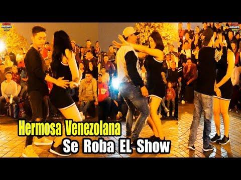 Hermosa Venezolana se Roba el Show con Care Chanchito Jr. - Comicos Ambulantes [ Completo ]