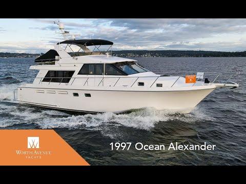 54-Foot Ocean Alexander Motor Yacht BLACK GOLD For Sale