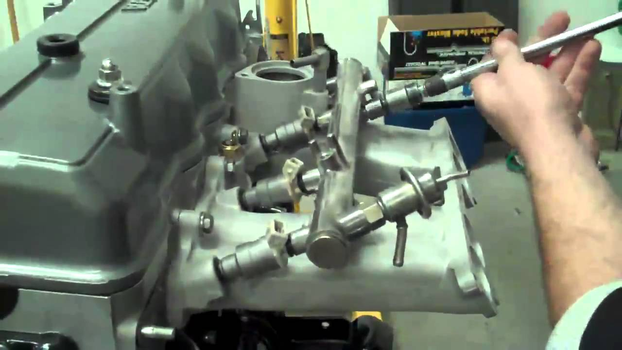 22RE Toyota injector installation  YouTube