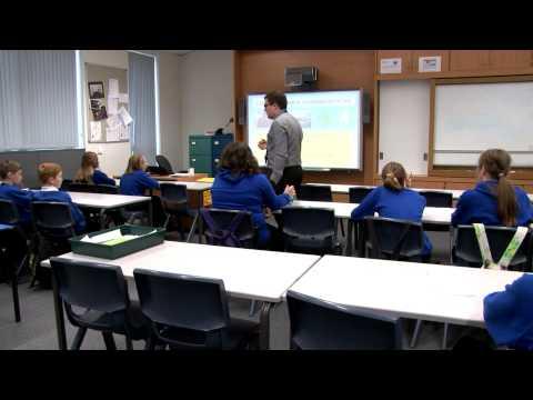 Neach-teagaisg aig ìre àrd-sgoile / Being a Gaelic secondary teacher