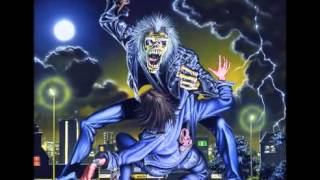 Iron Maiden - Holy Smoke (Subtitulado al Español)