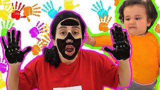 Yüzüm ve Ellerim Siyah Oldu  وجهي ويدي سوداء