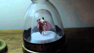 Music Box - Bottle Ballerina 1950s (Swan Lake  - Tchaikovsky)