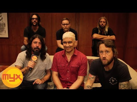 """FOO FIGHTERS Talks About Their New Album """"Concrete And Gold"""""""