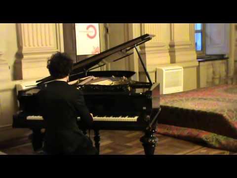 Mozart: Sonata K 279: allegro, andante, allegretto.