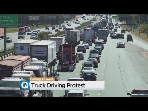 Truckers Protest New Electronic Logbook Requirements With 'Rolling Protest'