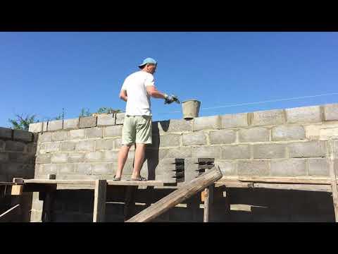 Кладка стен из керамзитных блоков