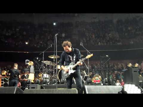 Pearl Jam 04-16-2016 Greenville, SC Full Show Multi-cam SBD Vs. show