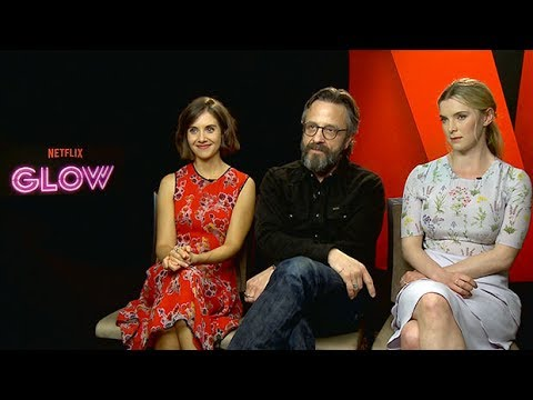 Alison Brie says wrestling in Glow is not fake