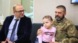 Історія про те, як тисячі українців допомогають вижити трирічній Вікторії Удовенко
