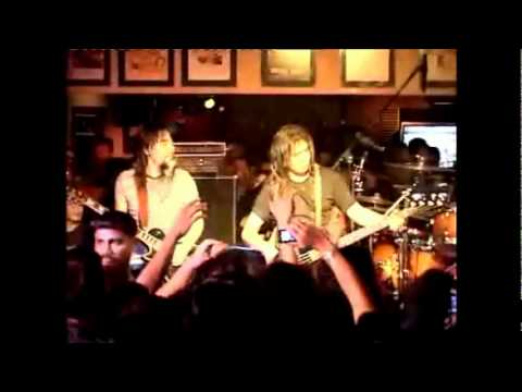 Search - Isi Dan Kulit (Live At Planet Hollywood)